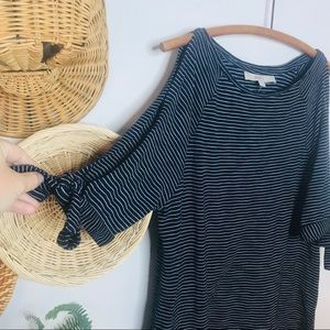 LOFT NWT Cold Shoulder Tie Sleeve Striped Top